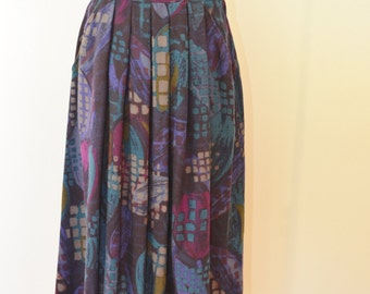 Vintage Women's Skirt Wool Pleated Size 10 Made in Italy 1970s Perfect for Fall