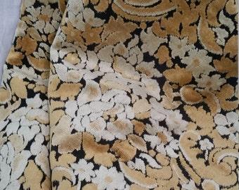 SALE! Vintage fabric, decorator, 60 x 54