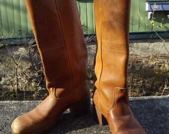 Vintage Western Campus  Square Toe  Leather Hippie Boots