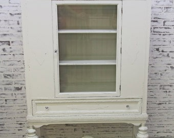 China Cabinet / Bookcase, Distressed White Classic Cottage Style  - CB904 Chippy Shabby Farmhouse Chic