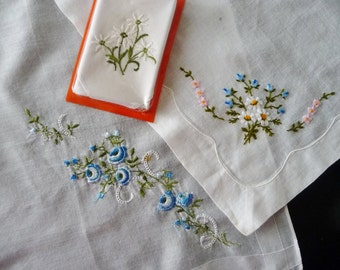 Vintage Floral and Daisy Hankies Handkerchiefs LOT 3, White, Blue, Pink Embroidered Flowers - 1 New from Switzerland