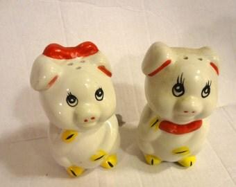 Vintage Pig Salt Pepper Shakers 1950s  1 Bottom Stopper Only