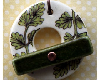 Green Leaves - Large Ceramic Circle Focal Toggle Clasp