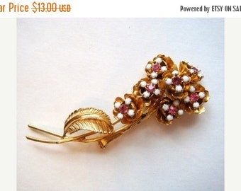 Valentines Sale Large Pink and White Rhinestone Flower Pin, Vintage Flower Brooch, Prong Set Rhinestone Pin, 60s Costume Jewelry