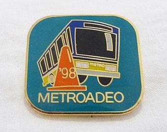 Vintage metroadeo 1998 buses competition pin transportation metro