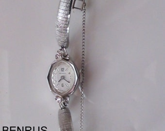 """Benrus White Gold 10k filled with Band Vintage Lady's Watch Interesting Band Runs  Wind up Max wrist 7"""" Working Diamond Chips"""
