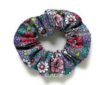 Floral Hair Scrunchie Bun Ponytails Holder Hair Tie Retro Gray Floral Hair Scrunchie Top Bun Holder Cotton Scrunchies