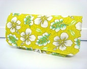 Coupon Organizer /Budget Organizer Holder-Attaches to Your Shopping Cart - Lime Green Lilly's READY TO SHIP