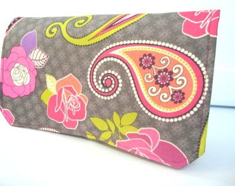 Coupon Organizer /Budget Organizer Holder  / Attaches To You Shopping Cart  Rose Paisley