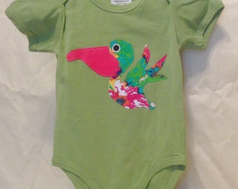 Organic cotton baby onesie with a Pelican