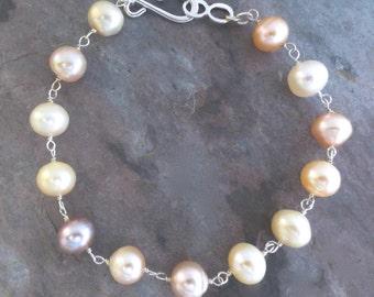 Freshwater Pearl Sterling Silver Bracelet. Genuine Off white, Pink Pearl Bracelet. Simple Pearl Bracelet.