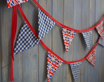 Small Classic Union Jack Bunting. Party Bunting. Olympics Bunting. This strand is 3m long.