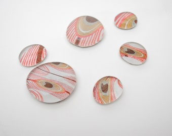 pink feather pattern magnet or push pin set - made from recycled magazines, stocking stuffer, hostess gift, graduation