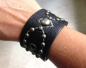 Leather Cuff Bracelet, Wide Cuff Bracelet, Leather studded cuff bracelet, Women's Leather Bracelet