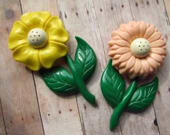 Whimsical Vintage Salt and Pepper Shakers - Flowers - Ideal