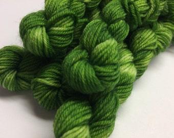 Mini skeins 30m sock yarn - Avocado