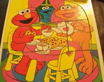 zoes tea party wood puzzle sesame  street Jim Henson  productions 1994