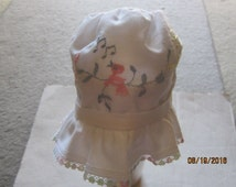 Vintage BABY Infant  SUN BONNET White, Embroidered pastel birds in tree limbs