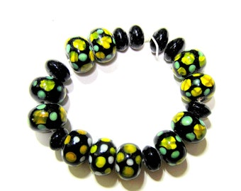 19 Lampwork glass beads black yellow steelers jewelry 10mm x 14mm jewelry making bead team colors game colors SB1
