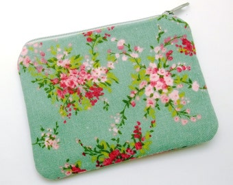 Pink and red flowers - Zipper pouch / coin purse /card bag (padded) (ZS-159)