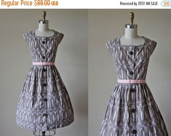 ON SALE 1950s Dress - Vintage 50s Dress - Chocolate Brown White Geometric Print Full Skirt Cotton Sundress L Xl - Tidepool Dress