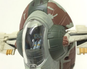 "1990s Star Wars Boba Fett Slave I Spaceship Vehicle - 6"" Micro Machines Toy with Tiny Boba Fett and Han Solo in Carbonite Action Figures"