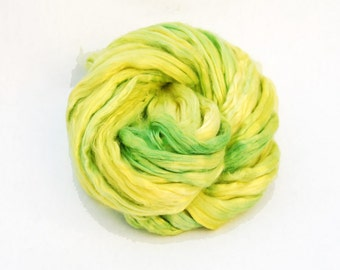 Mulberry Bombyx Silk Sliver Green Yellow - 29 grams