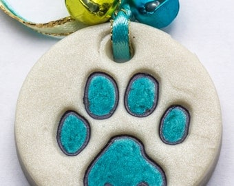 Sale / On Sale / Clearance Jewelry / Jewelry on Sale / Marked Down / Precious Paw Print Ornament - Teal - OR00032
