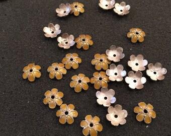 25 Daisy silver tone/Yellow enamel bead caps/Spacers