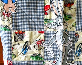 Vintage Childs porky pig lap quilt, Farmhouse quilt blanket, Bugs bunny quilt Grandmother blanket, Porky Pig Puddy Tat, lap throw 40 x 51 in