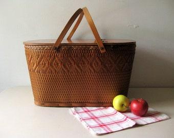 Vintage picnic basket  woven picnic basket