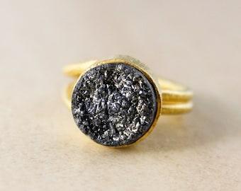 Black Titanium Coated Druzy Ring – Gold Plated