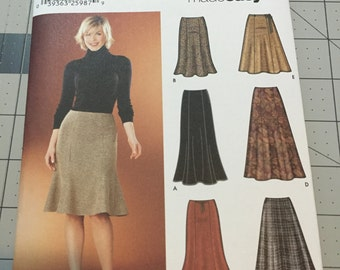 Simplicity Made Easy Sewing Pattern 5914, NEW Sizes 14-22 Skirts