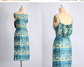 45% OFF SALE.... Vintage 1950s Mr. Mort Dress • wiggle dress • 50s sheath dress •  medium large