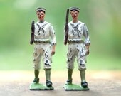 Chippy Britains Lead Soldiers - Antique Lead Toy - Iron Cast Figure Men - As is weaponless soldiers