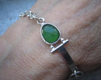 Rose Cut Leaf Green Serpentine Multi-link Bracelet