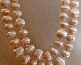 SALE Vintage Blush Pink Two Strand Satin Necklace. Japan. Pale Pink Blush Satin Bead Necklace.