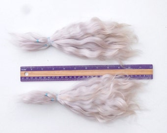 Combed Mohair locks pale lilac/ lite tips blonde Doll Hair extra long 8-10 in/ reroot/ blythe/ pukifee/ Reborn/ lafiabarussa la fiaba russa