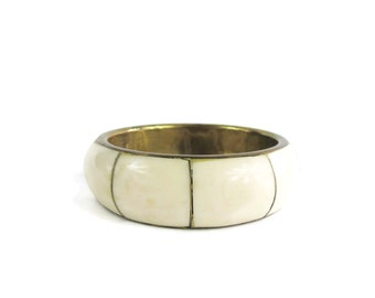 Vintage Bone Bangle Bracelet Ivory White Bangle Wide Stacking Bangle Tibet Chunky Tribal Metal Brass Gold Tone Bangle 70s Bohemian Bracelet