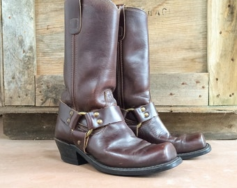 Vintage brown leather harness boots Men's size 7.5 D Womens Size 8, motorcycle boots, engineer boots, bohemian boots, leather boots mens
