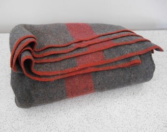 vintage wool blanket in grey and red