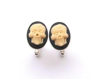 Sugar Skull Cufflinks in Black and Cream, Zombie Cufflinks, Day of the Dead, Wedding Cufflinks, Silver Cufflinks, Cameo Cufflinks