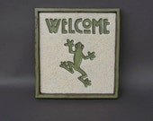 "Hanging ""Welcome"" Tile with Green Tree Frog with Golden Eyes"