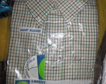 new Vintage 1970's Men's BRENT oxford  Button-Down   short sleeve   Shirt size..large
