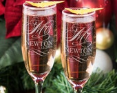 Mr and Mrs Champagne Glasses, Set of 2 Personalized Wedding Flutes, Custom Engraved Mr and Mrs Toasting Glass Flutes, Bride and Groom Gift