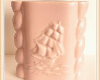 Vintage Abingdon Vase, Beige Pink, Clipper Ship, Rope, 2 lbs. 3oz., 1950's