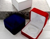 Red or Blue Velvet Gift Box White Satin Lined hinged metal gift box for Bracelets Pocket Watches Chains Pocket Watch Locket Necklace