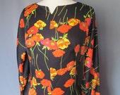 Vintage 1970s Boho Hippie Mod Floral Orange and Black Long Sleeve Full Length Dress Size Medium Large