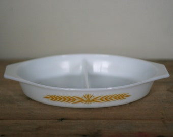 vintage pyrex royal wheat divided dish