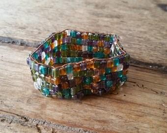 Stretchy bead bracelet, multicolored